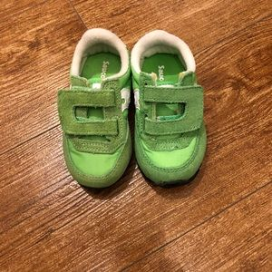 Brand New Saucony kids size 4 neon green sneakers